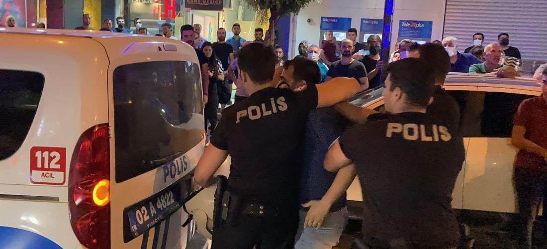 Adıyaman'da iki grup arasında kavga: 5 gözaltı-Videolu Haber